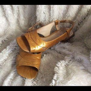 Women's Biviel Shoes Size 39 (9)